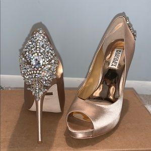 Badgley Mischka size 8M open toe kiara shoe